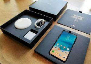Стандартная комплектация Xiaomi Mi MIX 3