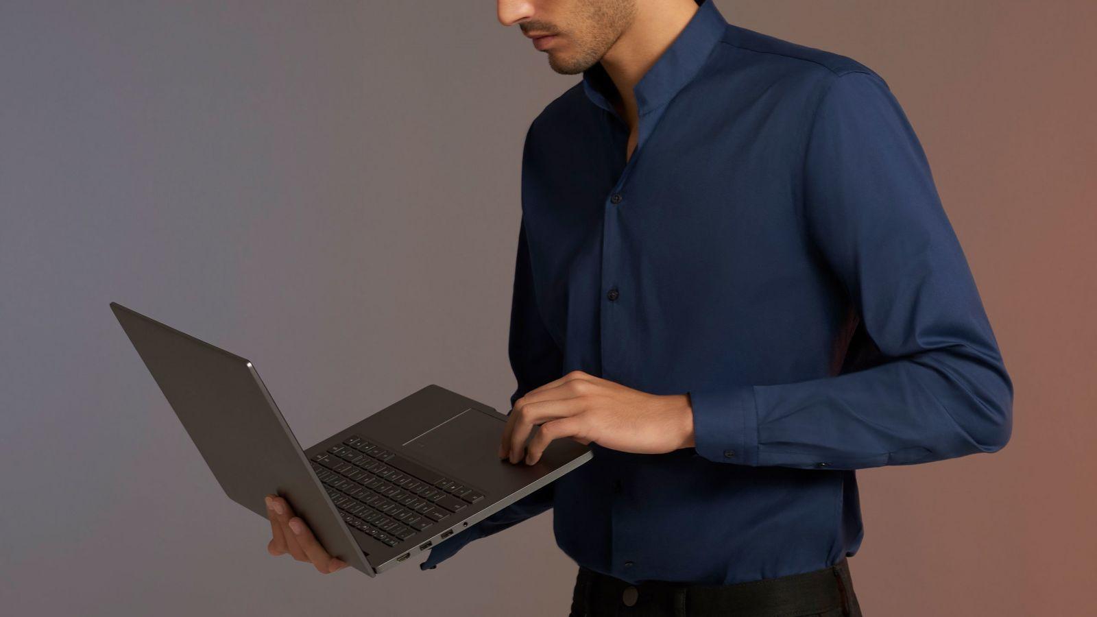 Компактный ноутбук Xiaomi Mi Notebook Pro 15.6