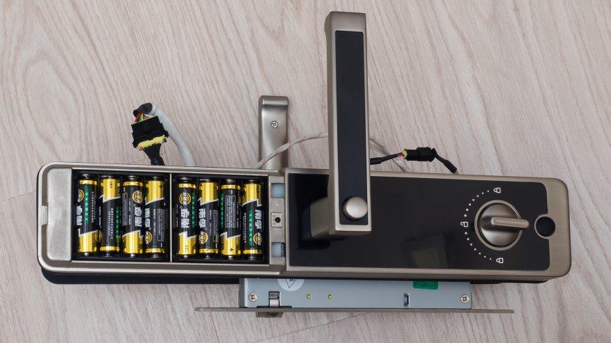 Отделение для установки батареек